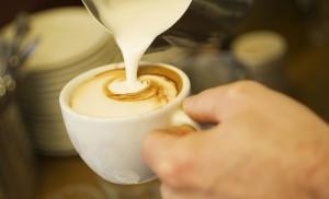 Kaffee und Milchschaum