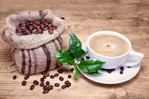 Kaffee mit Tropfen